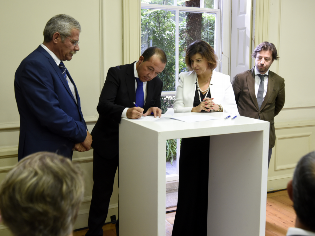 """CCDRA assinou contrato do """"Centro de Serviços Partilhados de Base Territorial CIMAC"""""""